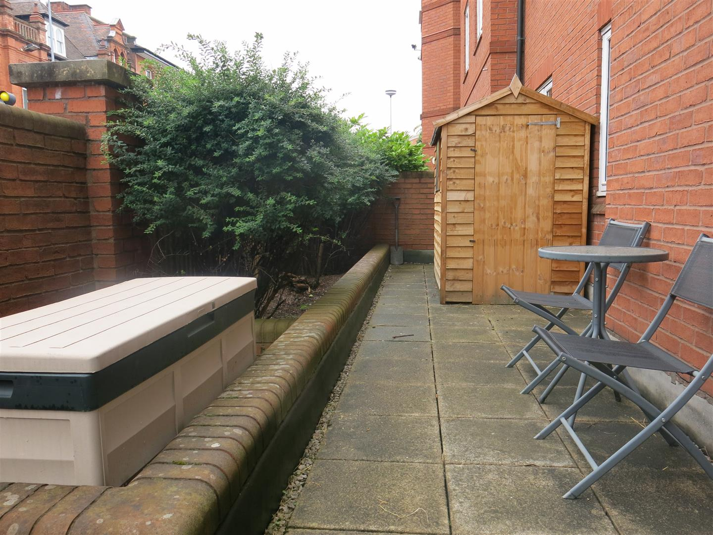 2 Bedrooms Apartment Flat for sale in Symphony Court, Birmingham